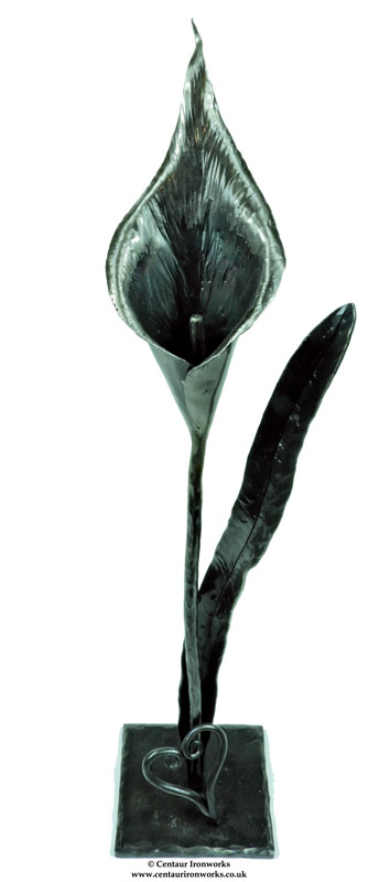 metal flowers hand forged lilly
